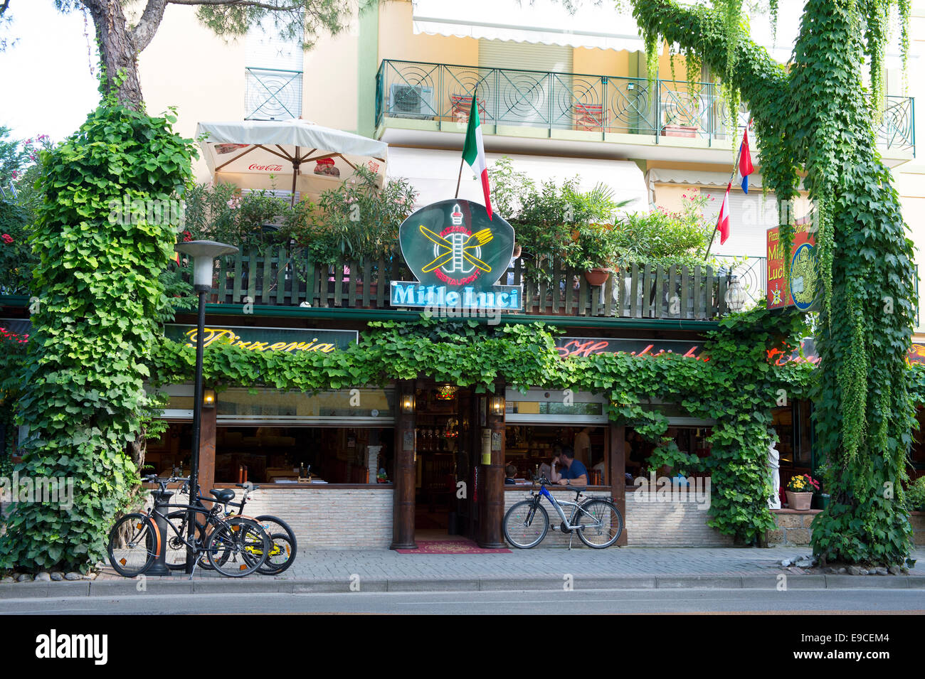 Restaurant, Pizzaria, Trattoria, Bar, Cafe, Mille Luci, Street, Nature, Outdoor, Outside, Sky, Open, Air, Adria, Stock Photo