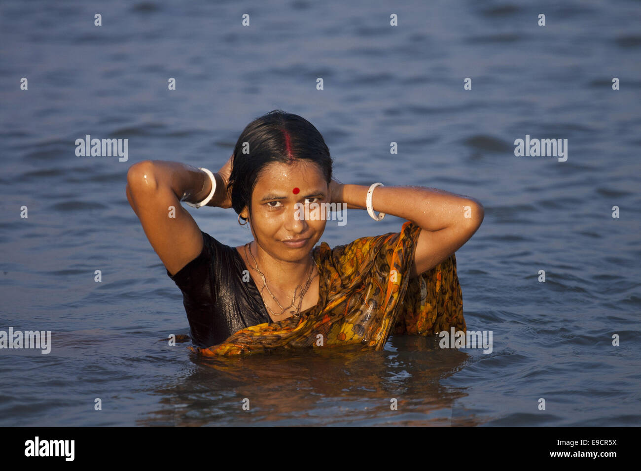 in date Khulna adult Woman
