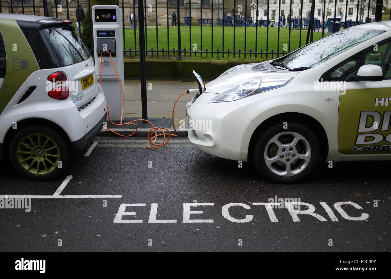 Electric Cars Being Charged In Birmingham Stock Photo 74655475 Alamy