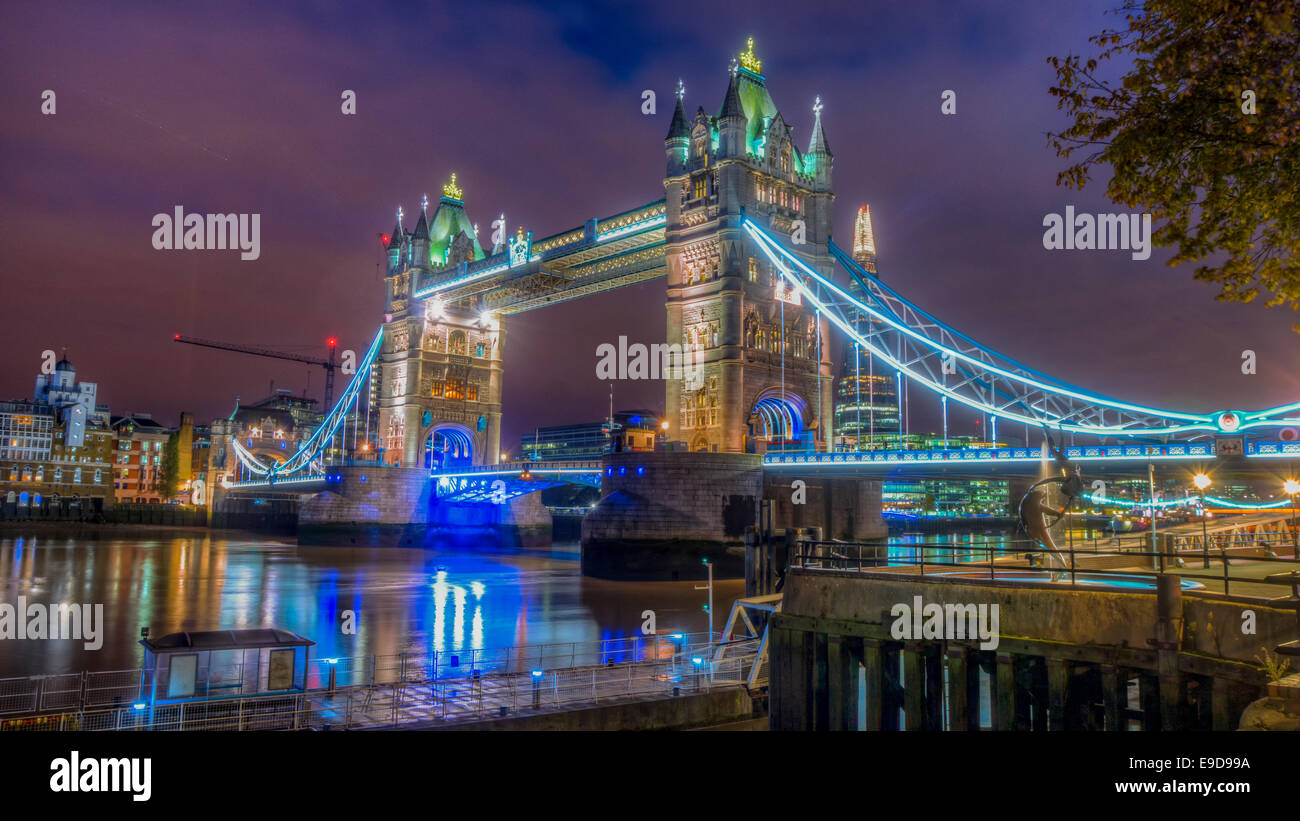 HDR Image of Tower Bridge by Night - Stock Image