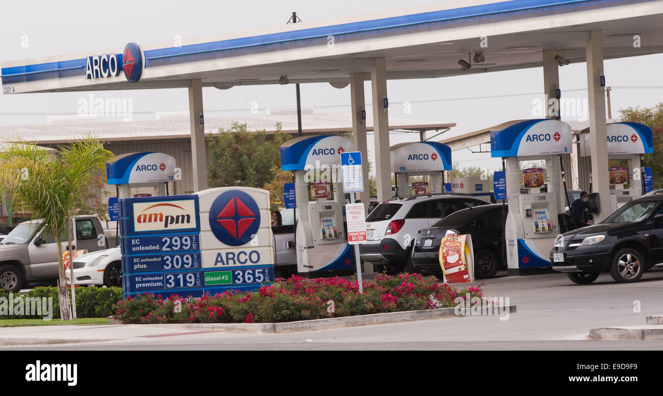 Arco Gas Prices >> Modesto Ca Usa 25th Oct 2014 Gas Prices Dropped Below