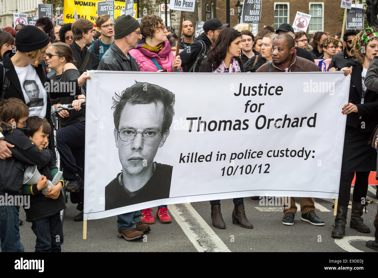 London, UK. 25th Oct, 2014. Protest against deaths in custody by United Friends and Family 2014 Credit:  Guy Corbishley/Alamy - Stock Image