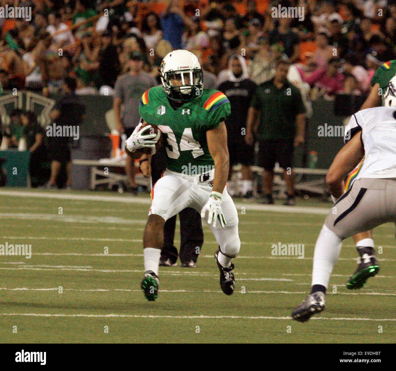 October 25, 2014 - Hawaii Rainbow Warriors defensive back Anthony Pierce (34) during action between the Hawaii Rainbow - Stock Image