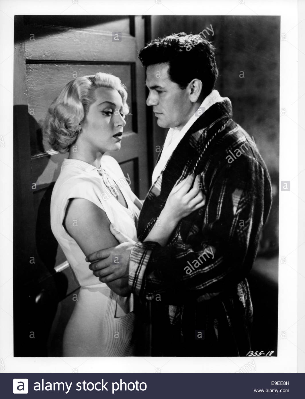 THE POSTMAN ALWAYS RINGS TWICE (1946) - LANA TURNER AND JOHN GARFIELD. - Stock Image