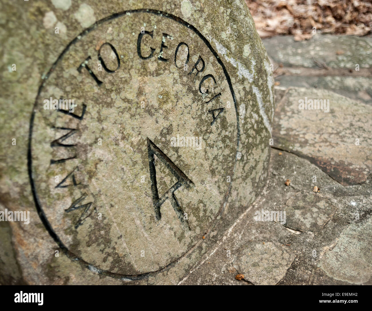 This stone marker indicates the beginning of the AT approach trail from Amicacola State Park to Springer Mountain - Stock Image