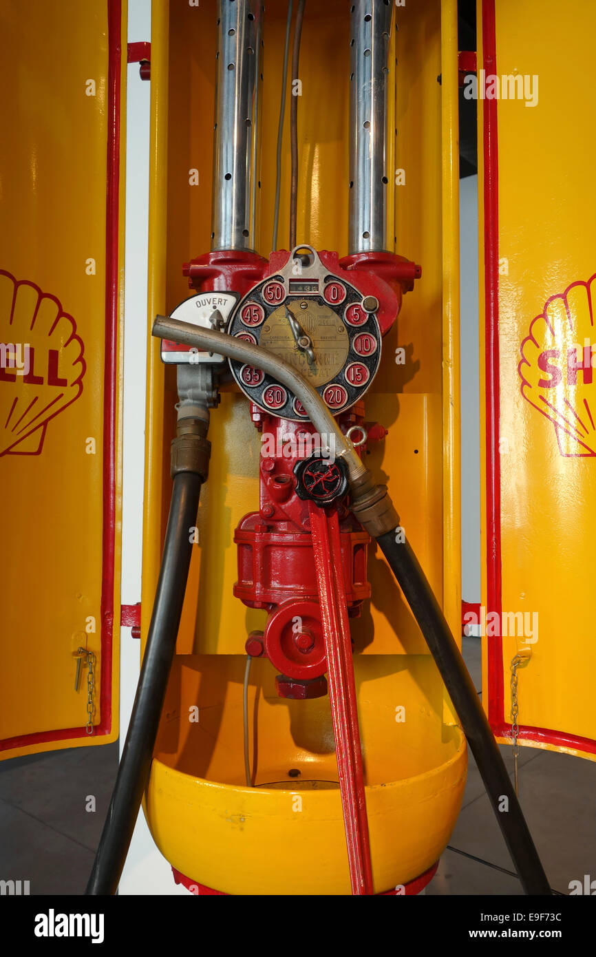 Detail of vintage Royal Dutch Shell Company gas pump at Car, Automobile Museum of Málaga, Andalusia, Spain. - Stock Image