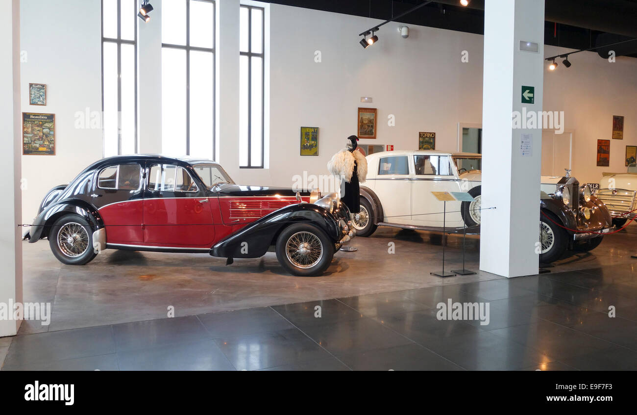 1936 Bugatti, 6 cylinde, and Vintage Rolls Royce Limousine Car, Automobile Museum of Málaga, Andalusia, Spain. - Stock Image