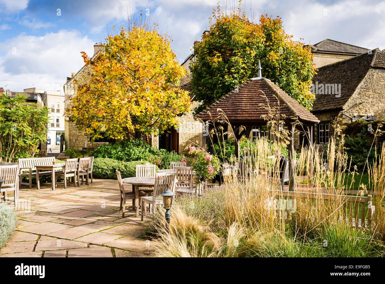 Angel Hotel garden in Chippenham Wilts UK - Stock Image