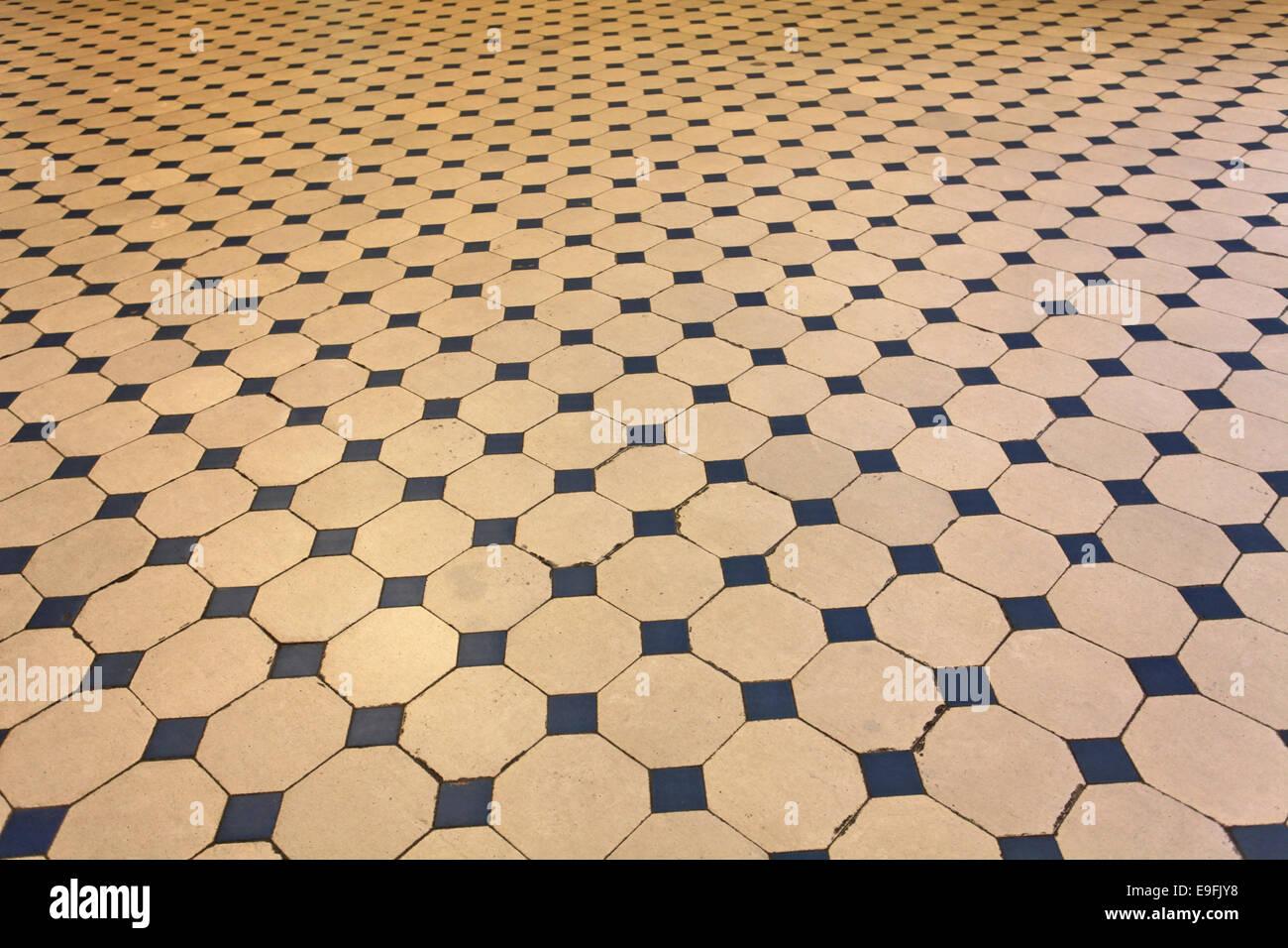 Art Deco Floor Tiles Stock Photos & Art Deco Floor Tiles Stock ...