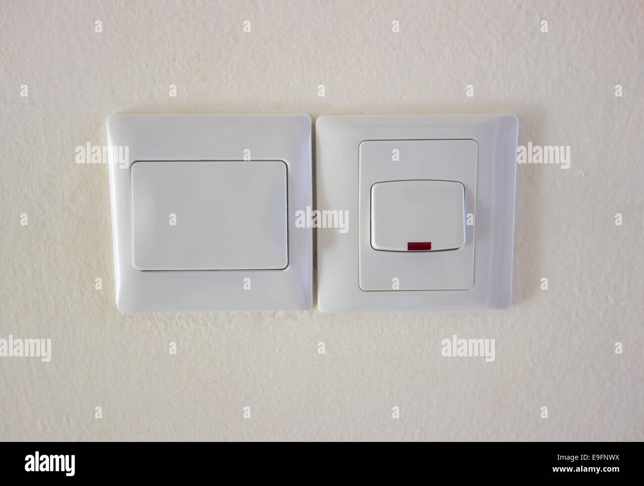 Light Switch In Off Position Stock Photos & Light Switch In Off ...
