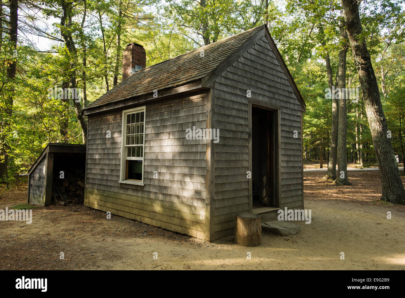 Replica Of Henry David Thoreau S House Walden Pond State