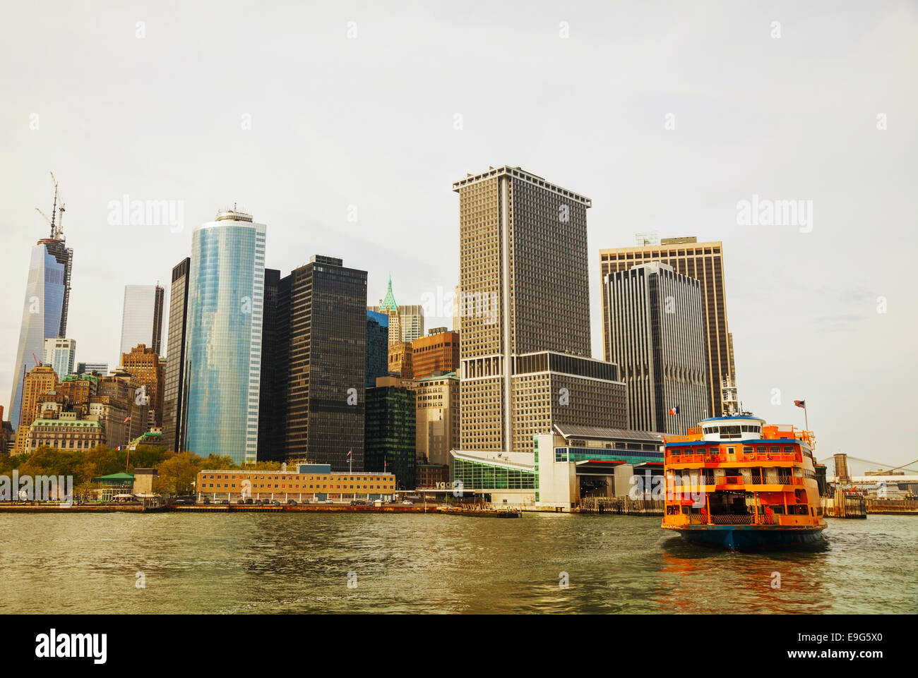 New York City cityscape on an overcast day - Stock Image