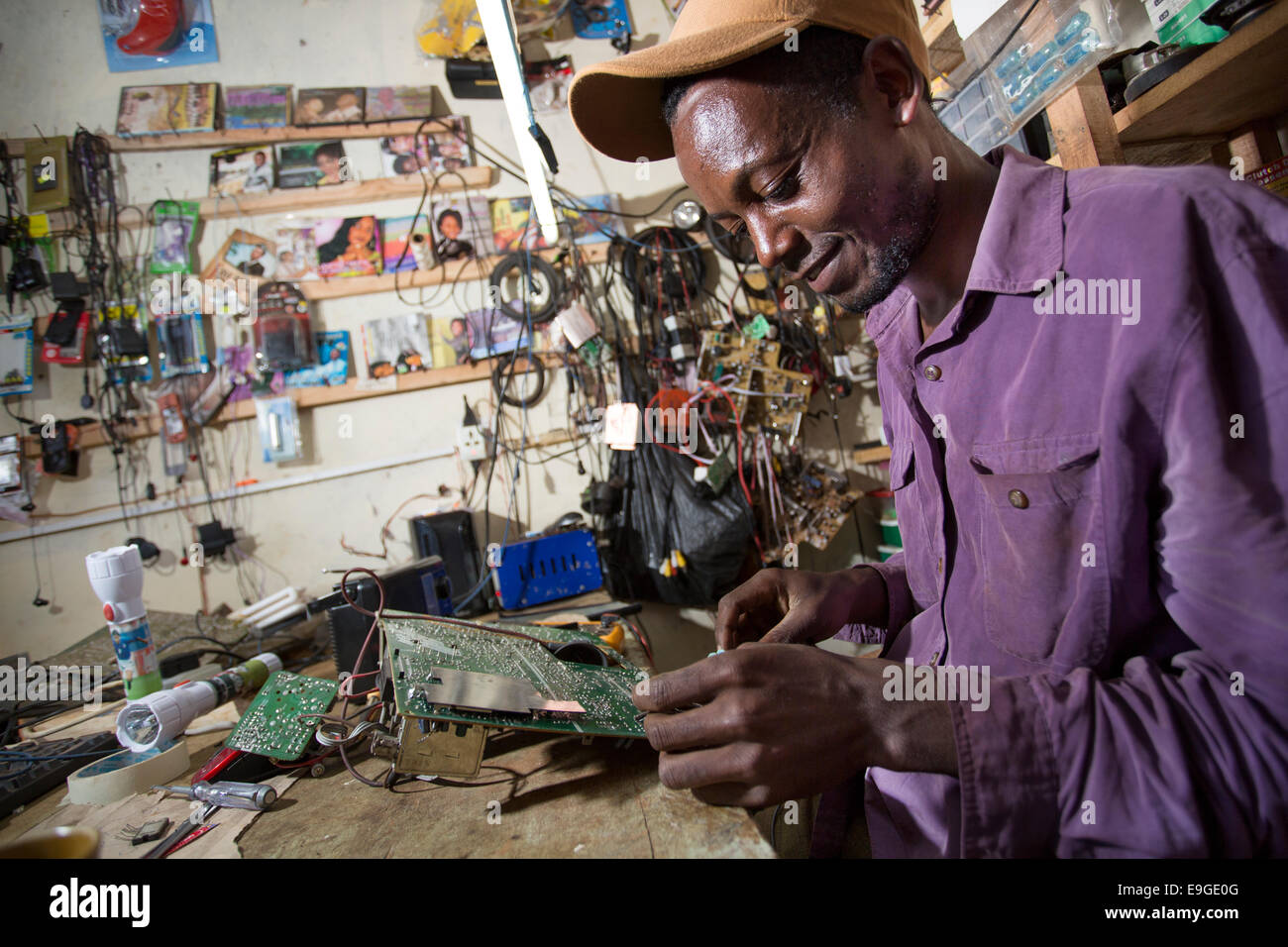 Electrical repair shop in Masama village on the foothills of Mt. Kilimanjaro, Tanzania. - Stock Image