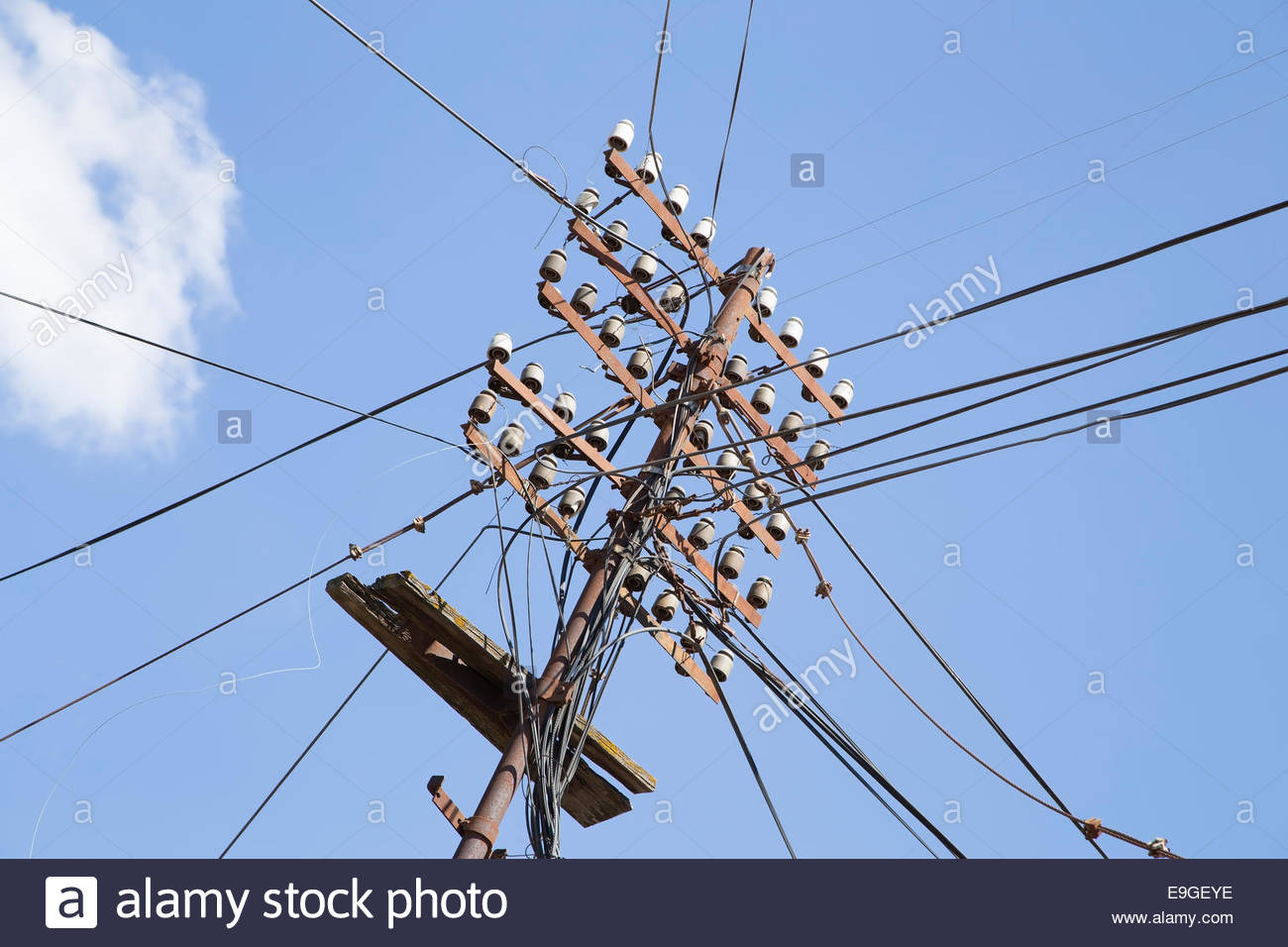Antique Electric Wire Poles Center Pole Barn Electrical Wiring Diagram Vintage With Wires Stock Photo 74736354 Alamy Rh Com Double Switch