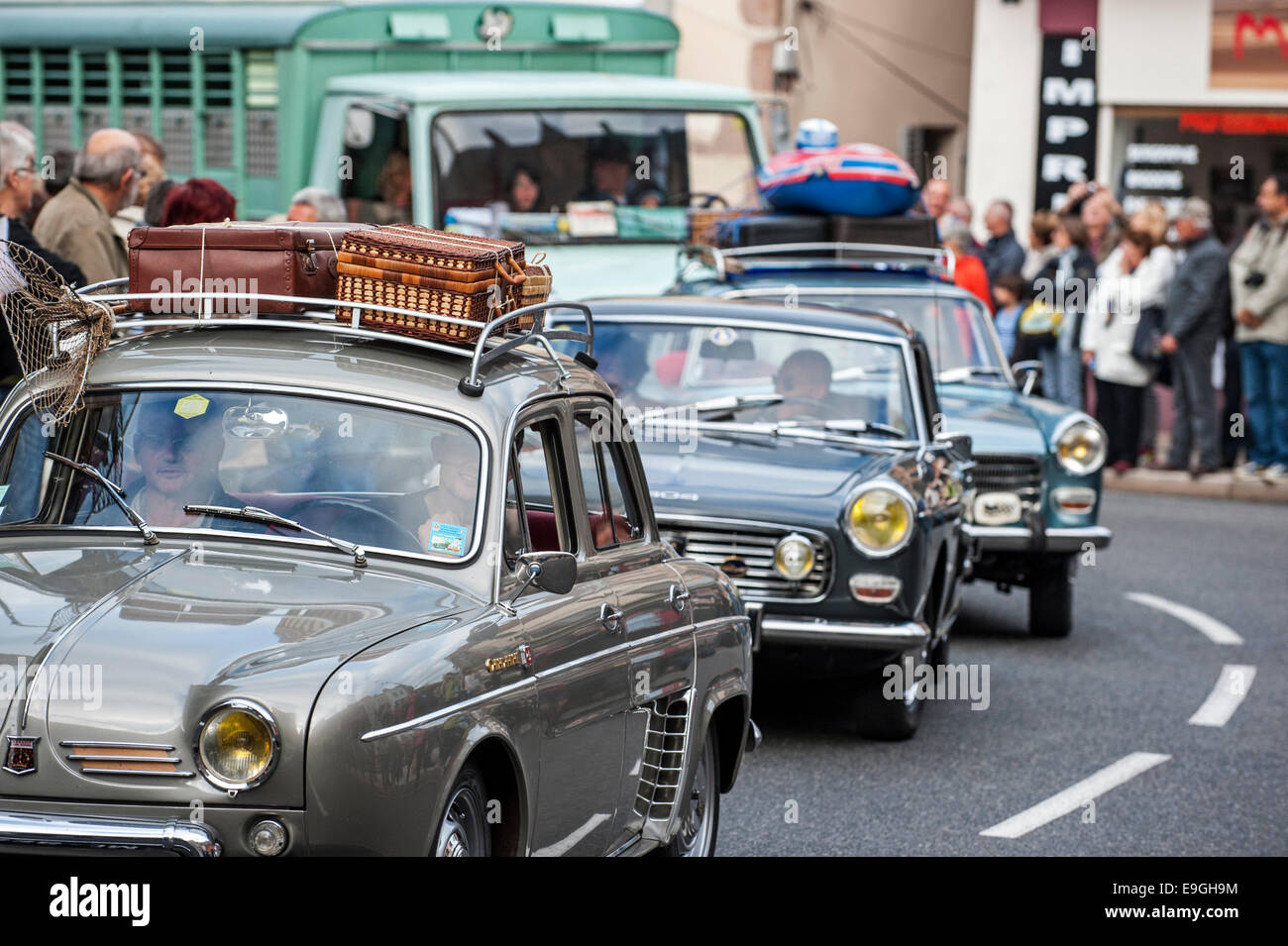 Antique cars during the Embouteillage de la Route Nationale 7, happening for oldtimers from the fifties and sixties - Stock Image