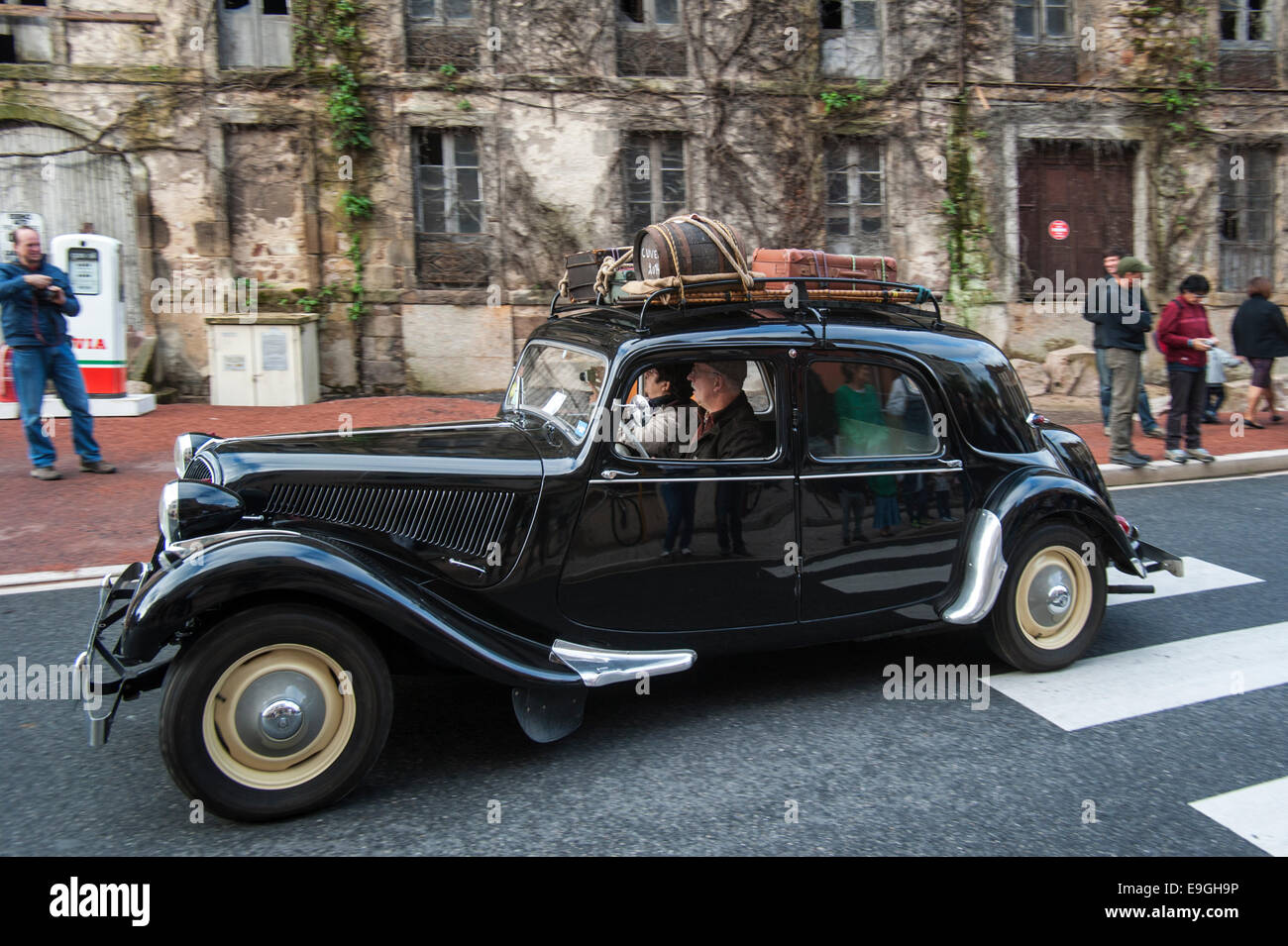 Citroën Traction Avant during the Embouteillage de la Route Nationale 7, happening for classic cars at Lapalisse, - Stock Image