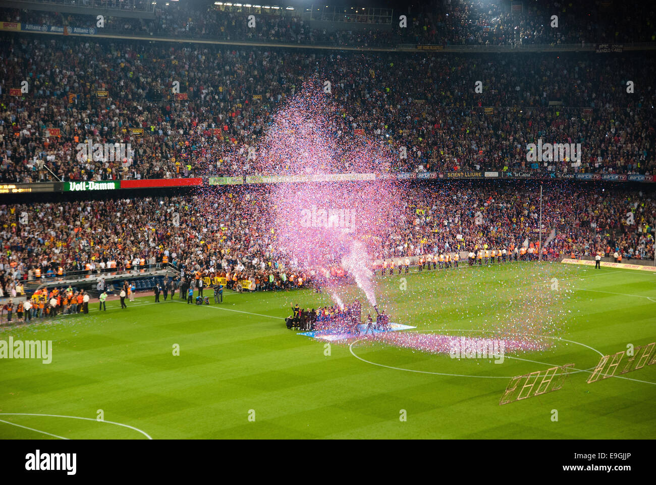 BARCELONA - MAY 23: Camp Nou Stadium after the match against Osasuna on May 23, 2009 in Barcelona, Spain. - Stock Image