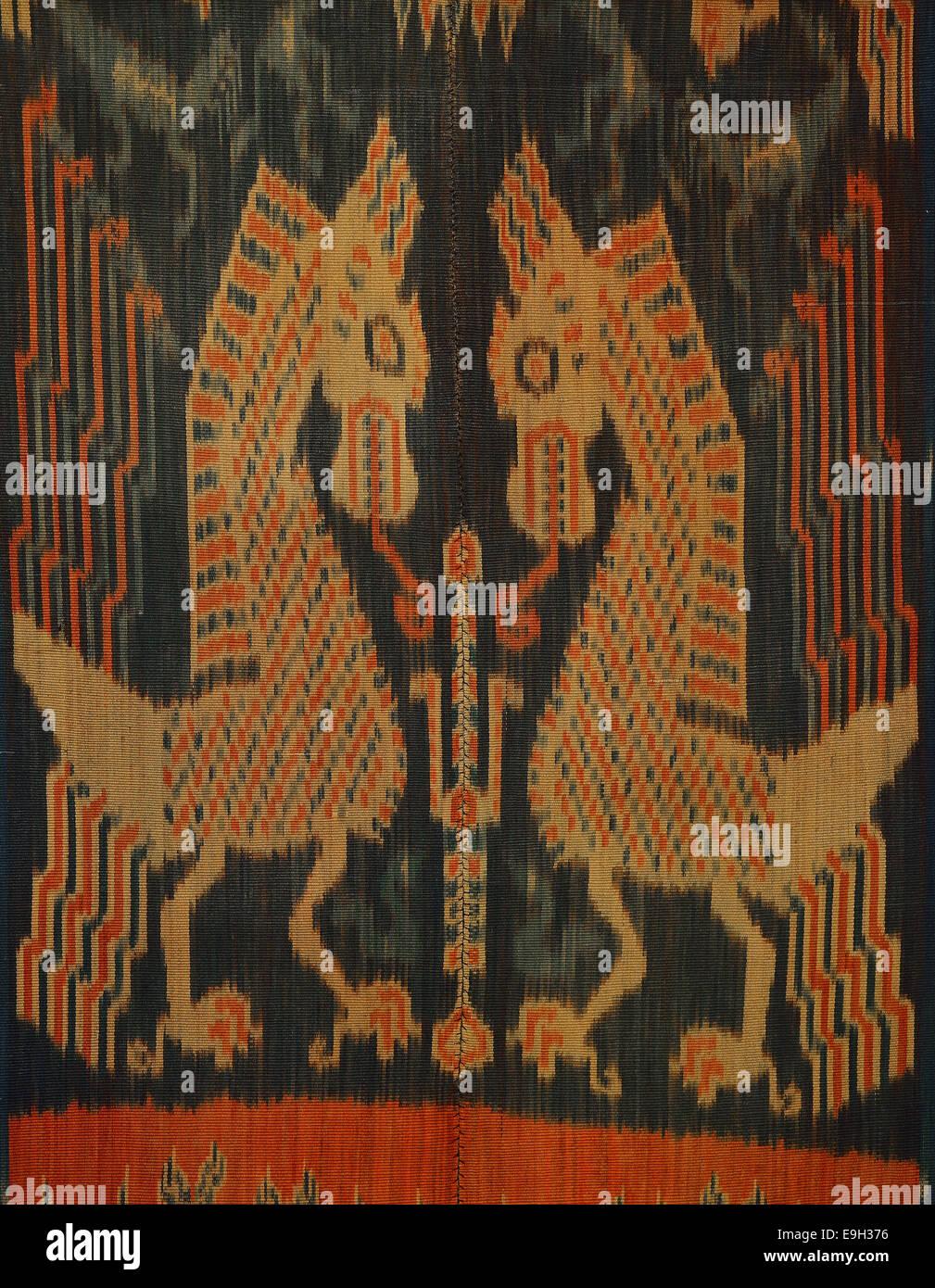 Ikat Sumba, Warp Ikat, cotton, natural colours, indigo, mythological animals, before 1914, East Sumba, Lesser Sunda - Stock Image