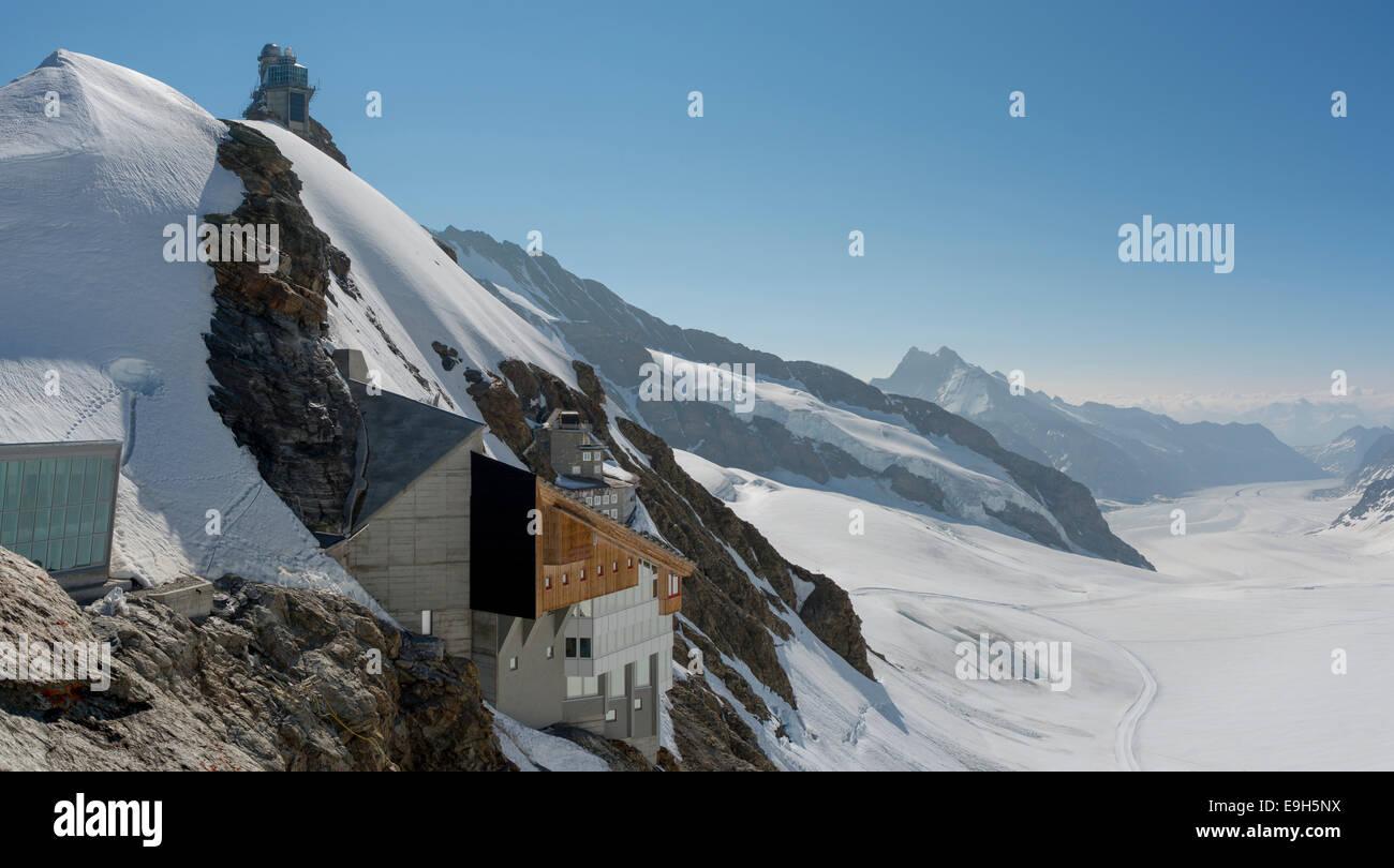 Building at Jungfraujoch, behind the Aletsch glacier, Canton of Bern, Switzerland - Stock Image