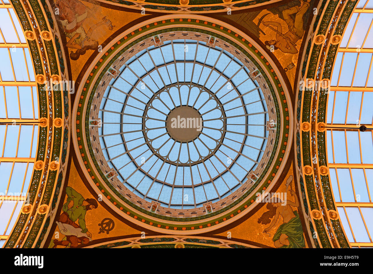 Glass rose window of the County Arcade, Victoria Quarter, Leeds, West Yorkshire, England, United Kingdom - Stock Image