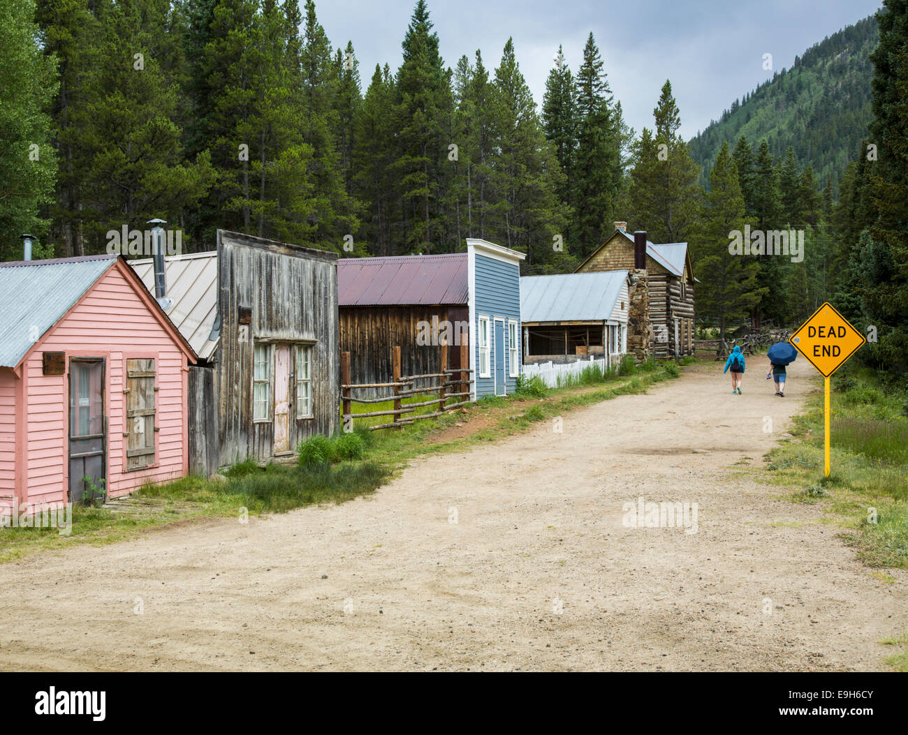 Ghost town of St Elmo in Chaffee County, Colorado, USA - with Dead End sign - Stock Image