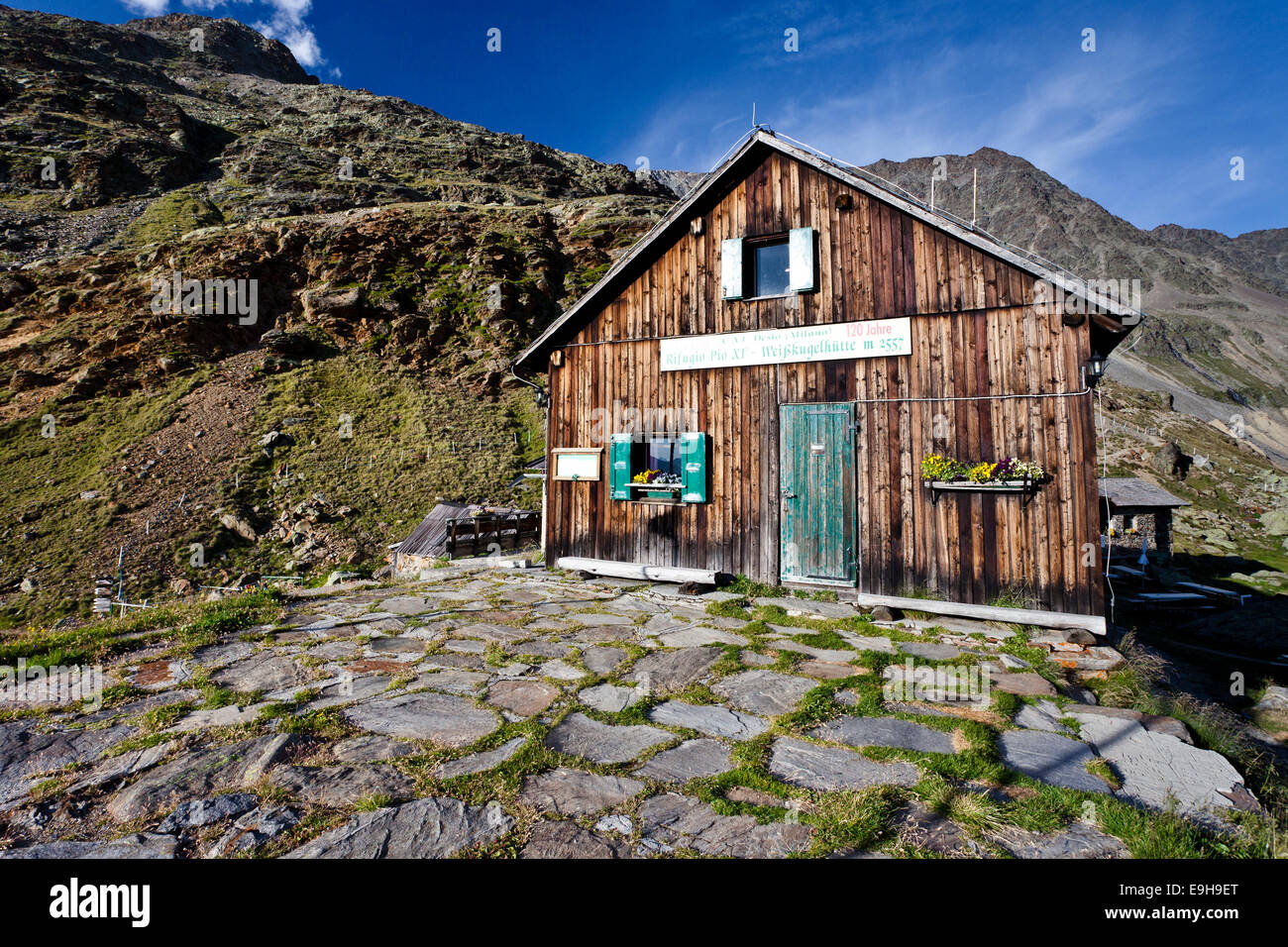 Alte Weisskugelhütte or Rifugio Pio XI, refuge, Langtauferer Tal valley, South Tyrol, Trentino-Alto Adige, - Stock Image