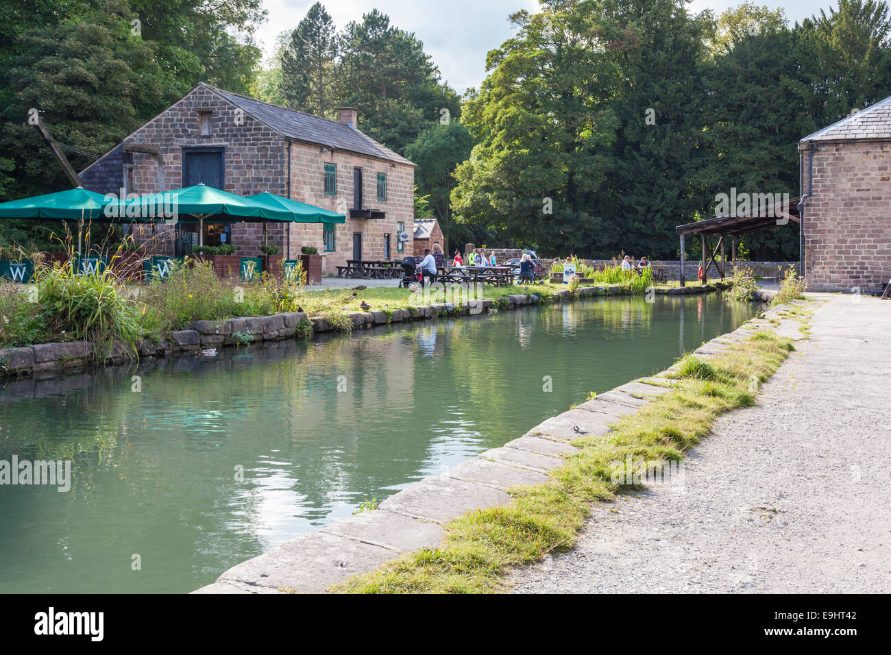 Cafe at the end of the Cromford Canal in Summer, Cromford, Derbyshire, England, UK - Stock Image