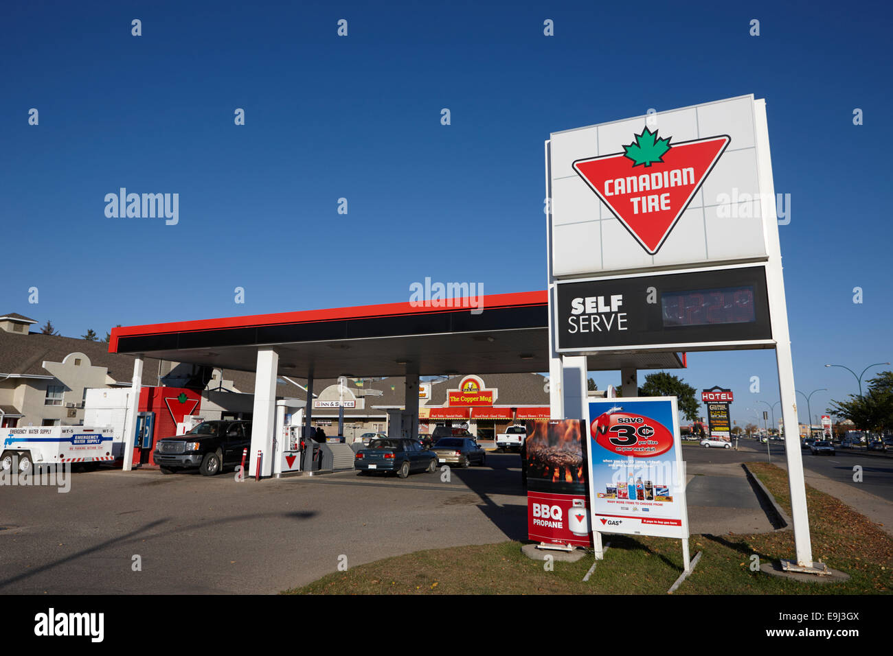 Canadian Gas Station Stock Photos & Canadian Gas Station