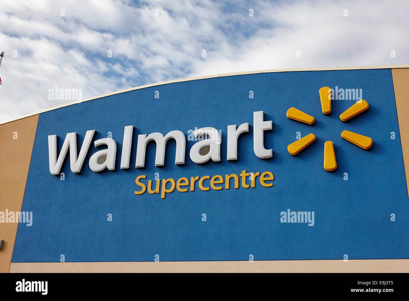 Walmart Supercentre Wal Mart Supercenter Stock Photos & Walmart ...