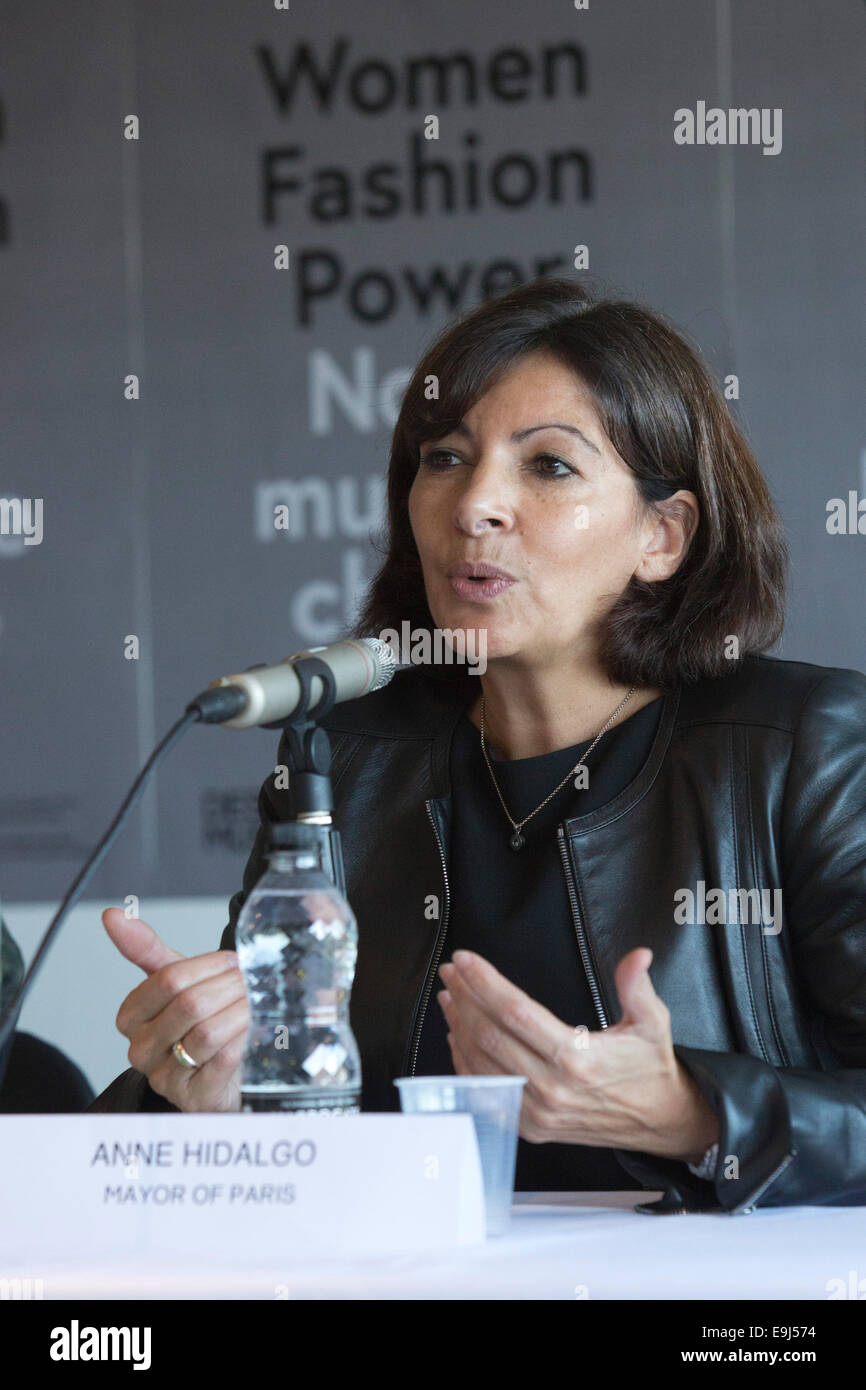 """Anne Hidalgo, Mayor of Paris, opens the exhibition """"Women Fashion Power"""" at the Design Museum, London Stock Photo"""