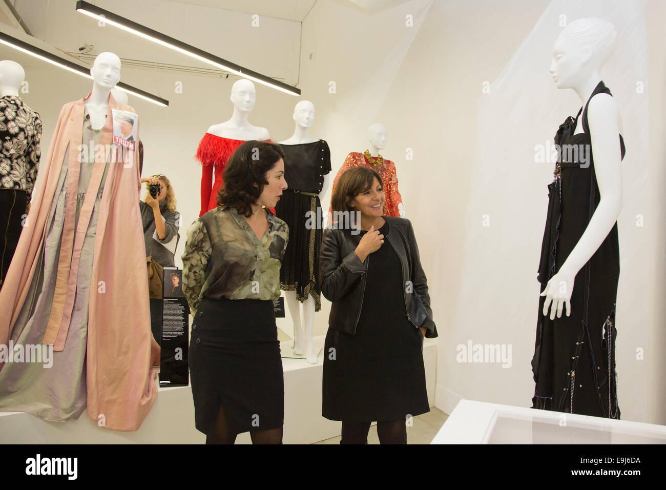Anne Hidalgo Mayor Of Paris Opens The Exhibition Women Fashion Stock Photo Alamy