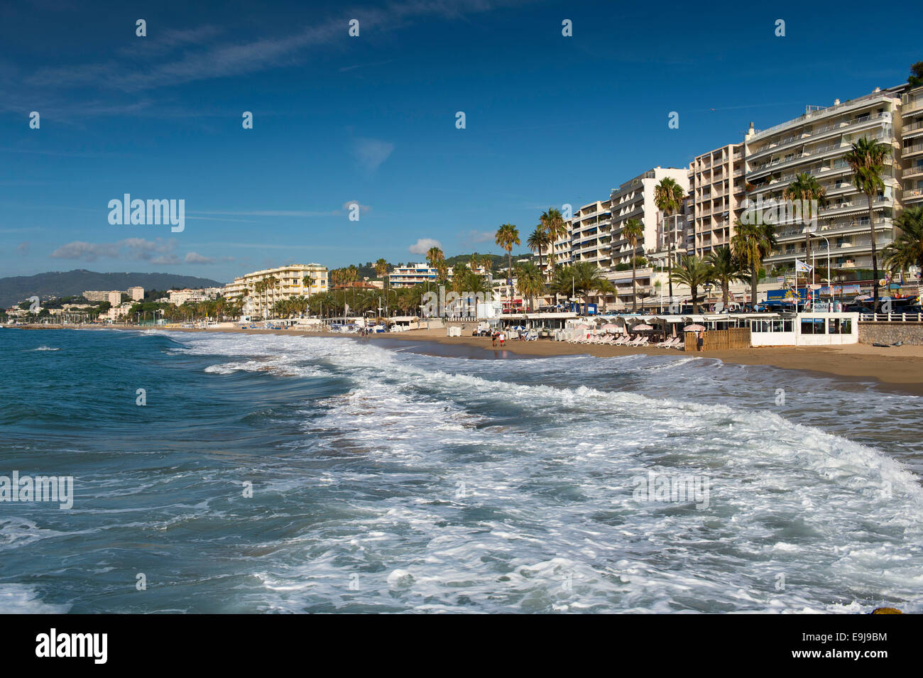The main beach in Cannes, South of France, off the La Croisette road. - Stock Image