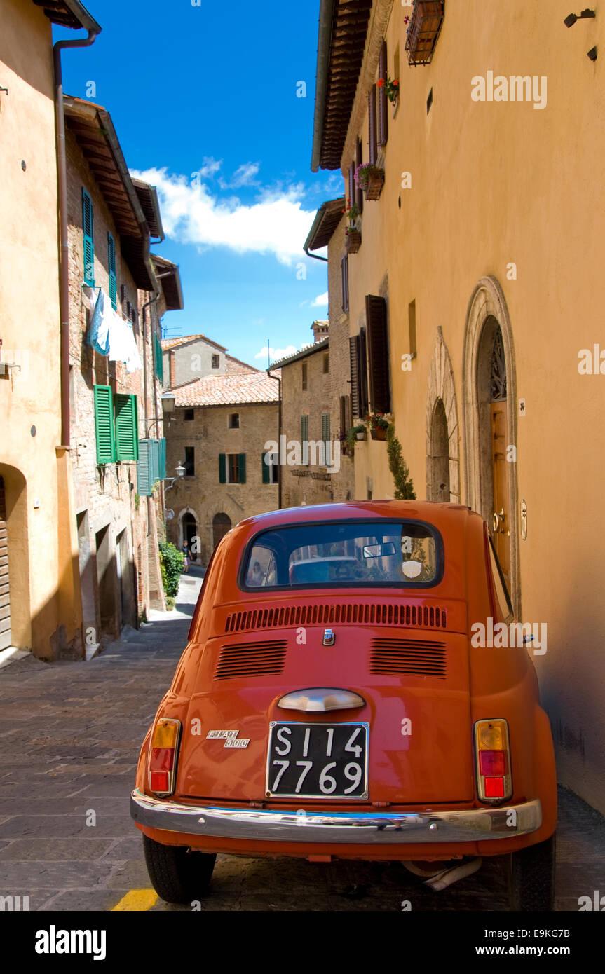 Fiat 500, Montepulciano, Siena, Tuscany, Italy - Stock Image