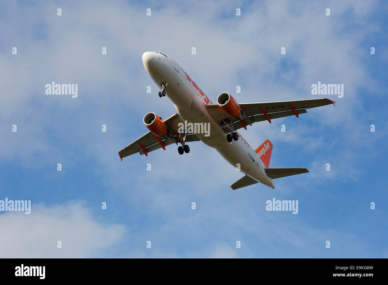 Airbus A320-214 G-EZTM EasyJet on approach to land at Manchester Airport - Stock Image