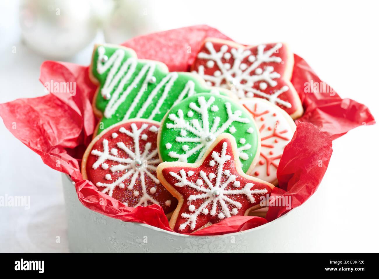 Gift box of Christmas cookies Stock Photo: 74807774 - Alamy
