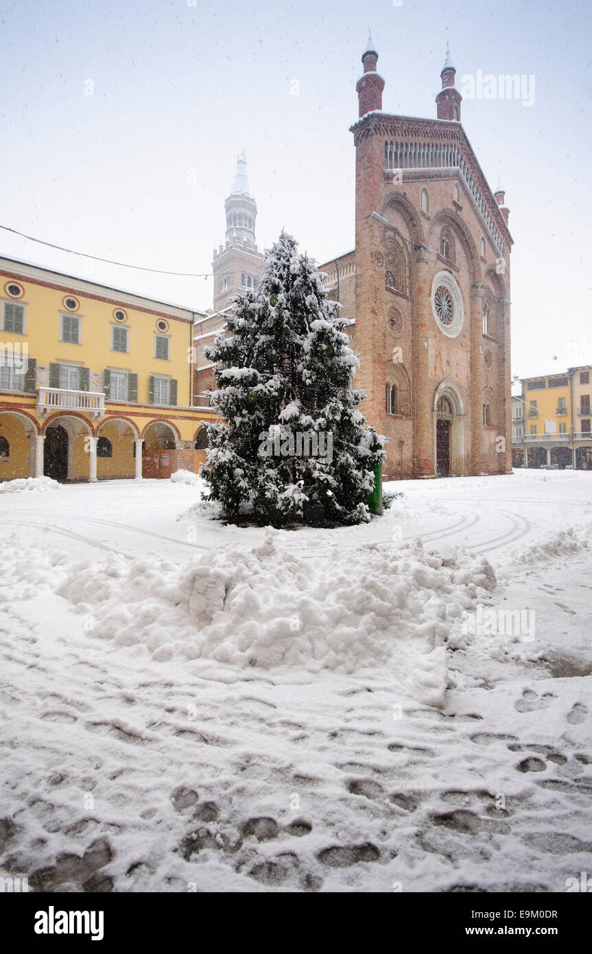 Christmas Tree Piazza Duomo Stock Photos & Christmas Tree Piazza ...