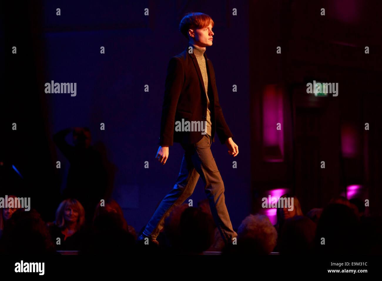 Edinburgh, Scotland, UK. 29th Oct, 2014. St James Shopping Centre Edinburgh fashion Show season Autumn and Winter. - Stock Image
