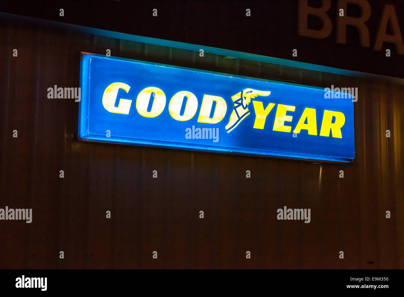 A Lighted Sign At A Goodyear Tire Dealer In Modesto California Stock