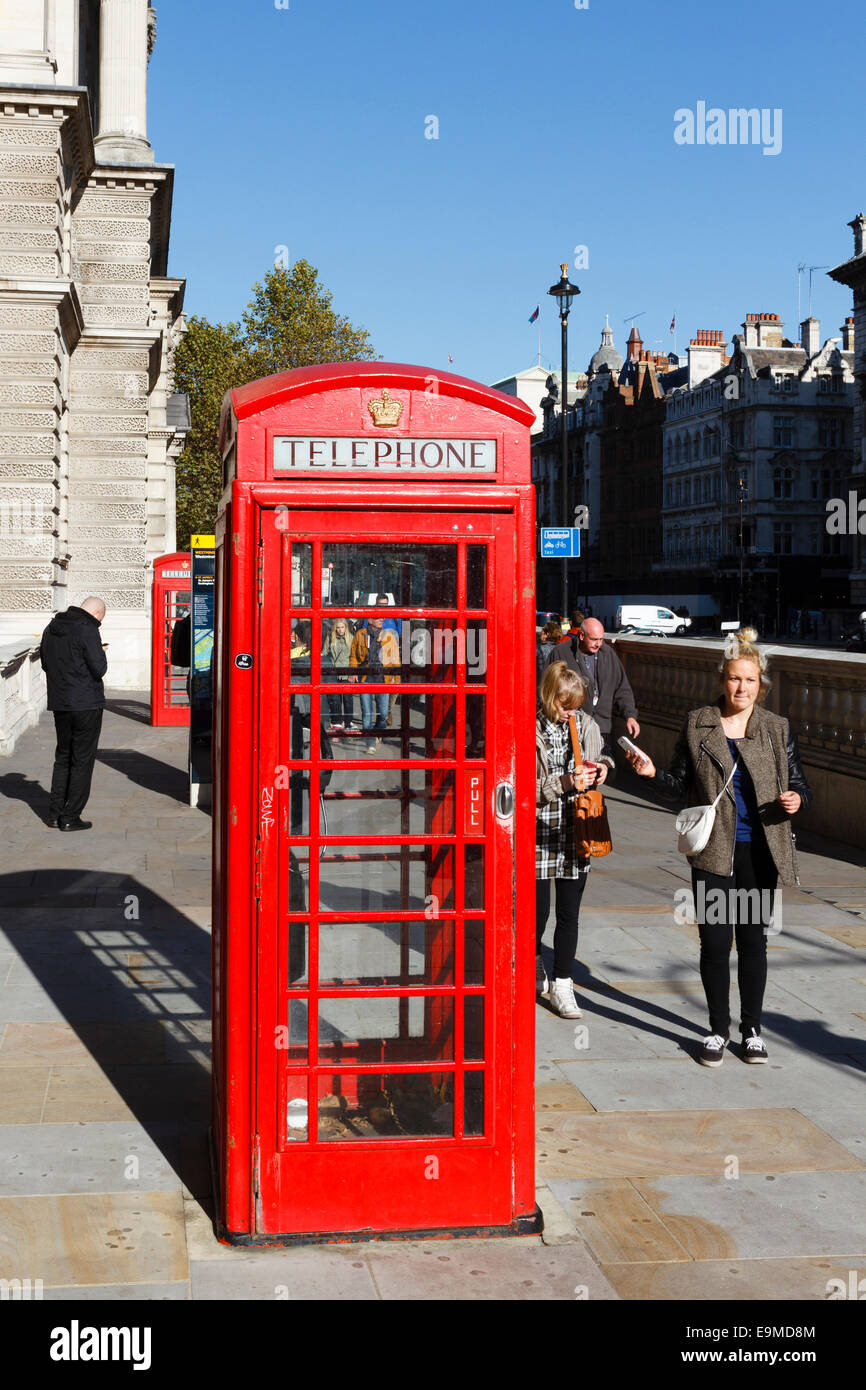 Traditional red telephone box, Westminster, London, England, UK - Stock Image