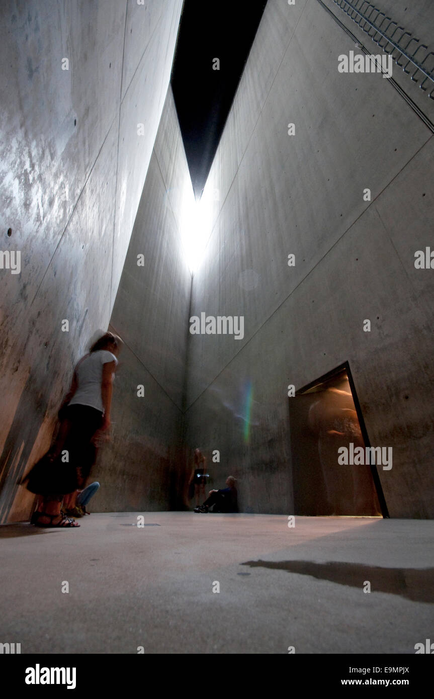 Germany Berlin Jewish Museum By Daniel Libeskind Holocaust Tower Stock Photo Alamy