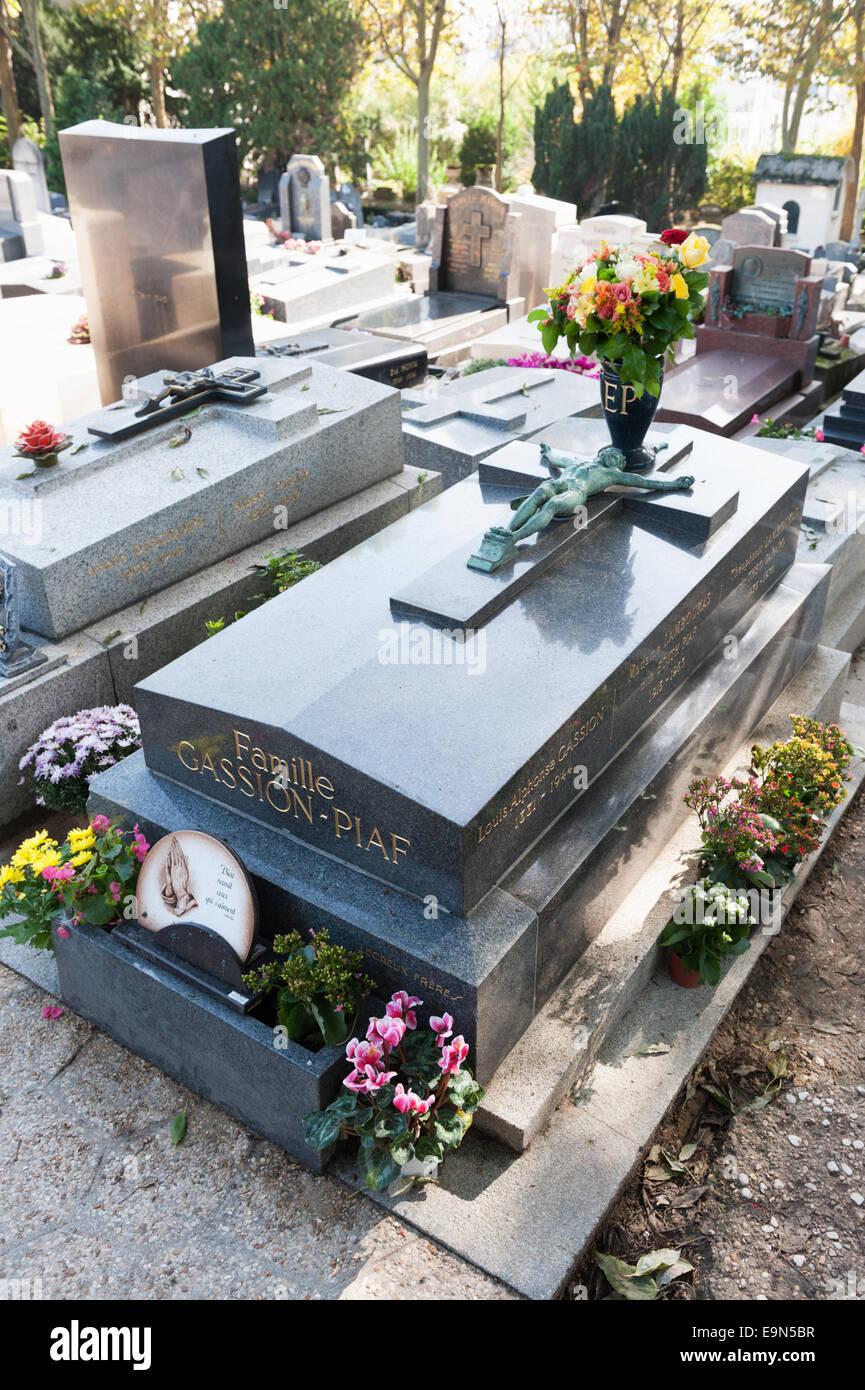 Edith Piaf grave site - family grave in Père Lachaise cemetery Paris, France - Stock Image