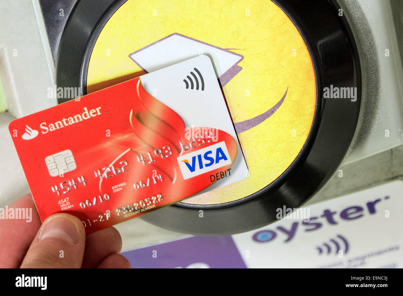 how to get barclays contactless debit card