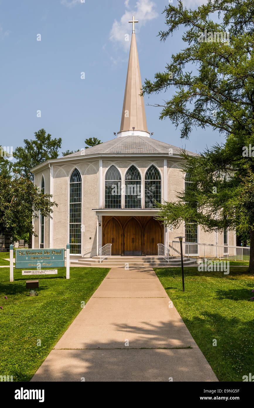 St Vincent De Paul Roman Catholic Church in Niagara on the Lake, Ontario Canada. The oldest in Ontario. - Stock Image
