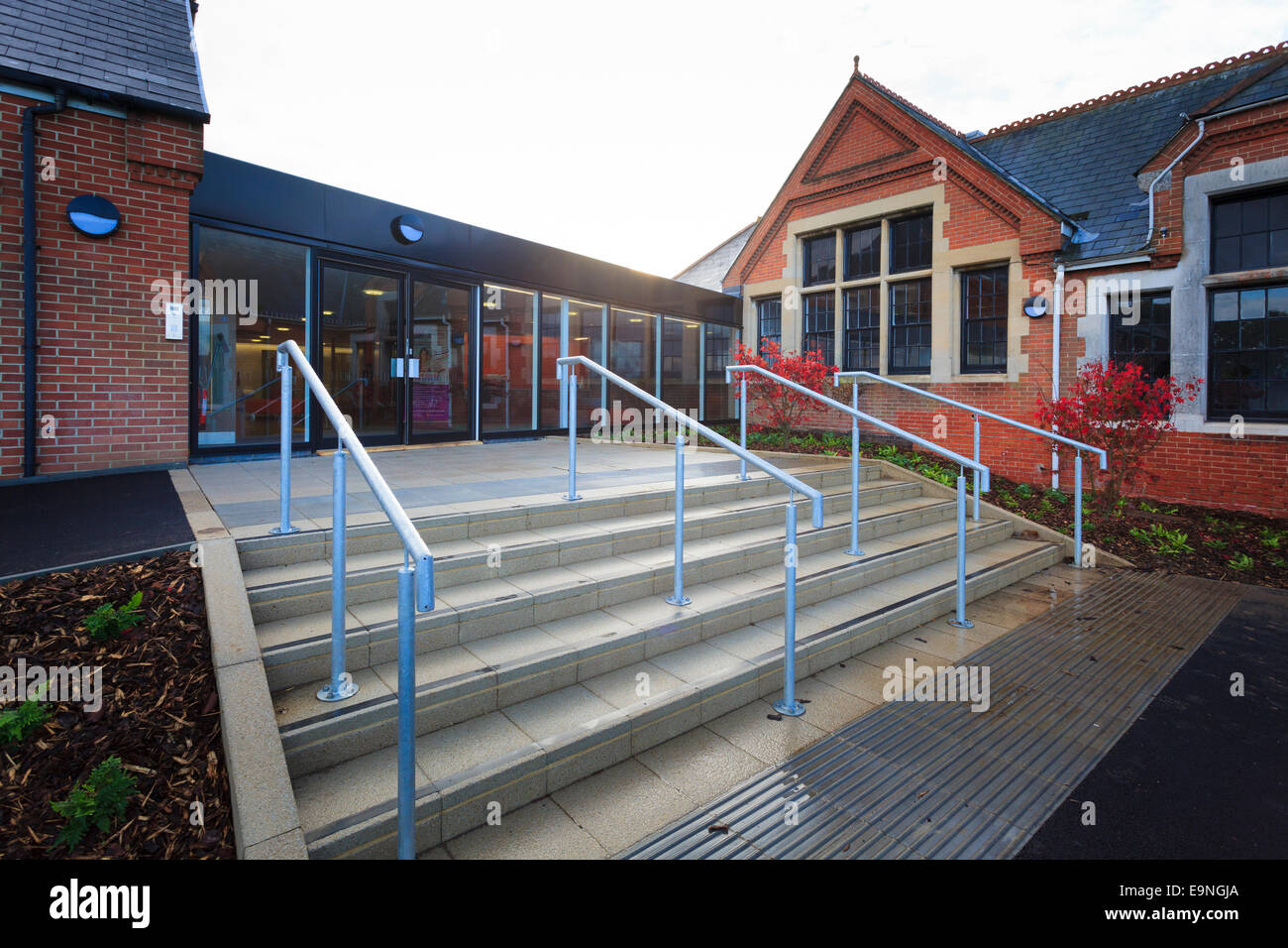 Steps and hand rails leading to the entrance of the Isle of Wight Studio School - Stock Image