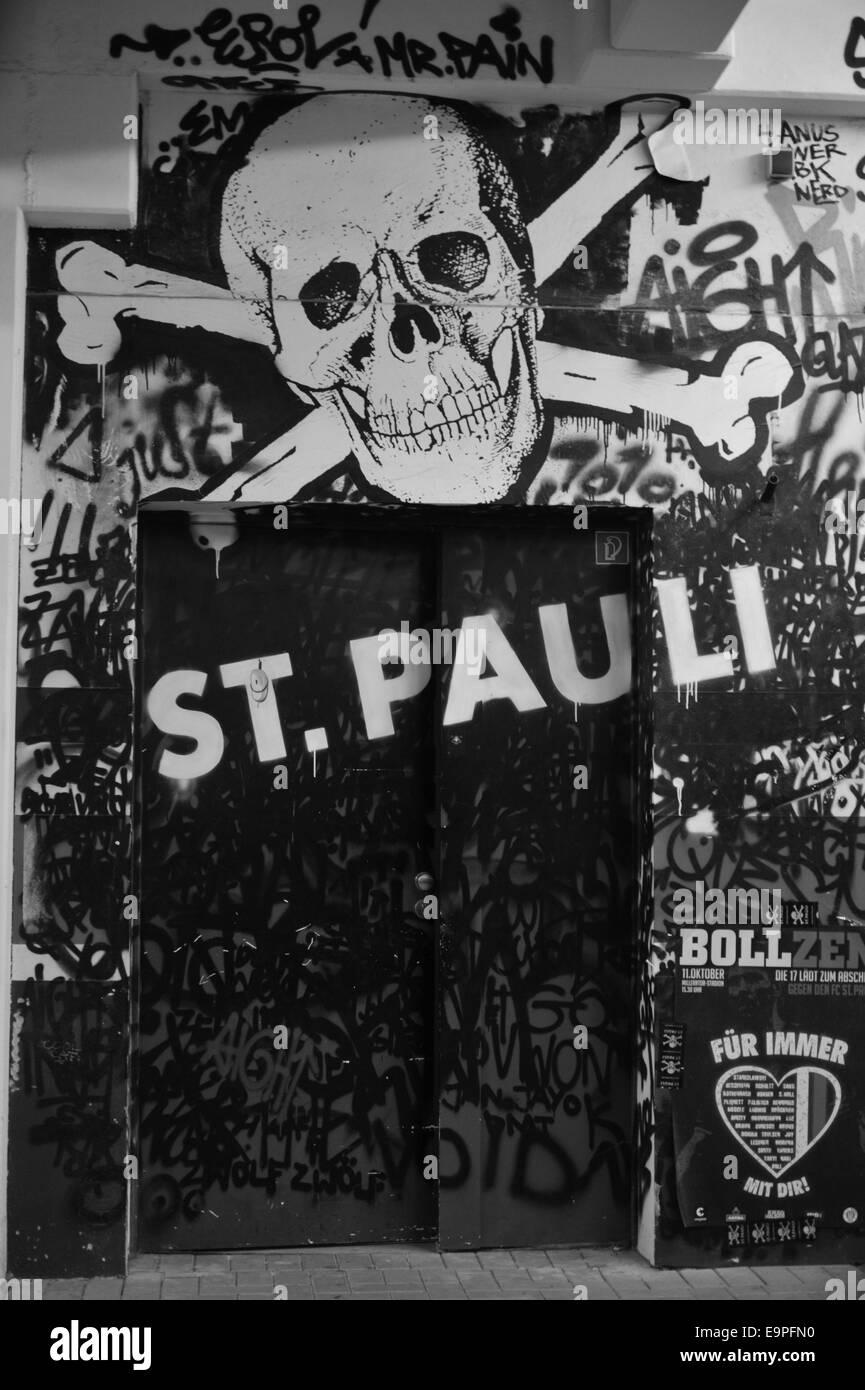 e10ff027563 St Pauli Hamburg Stock Photos   St Pauli Hamburg Stock Images - Alamy