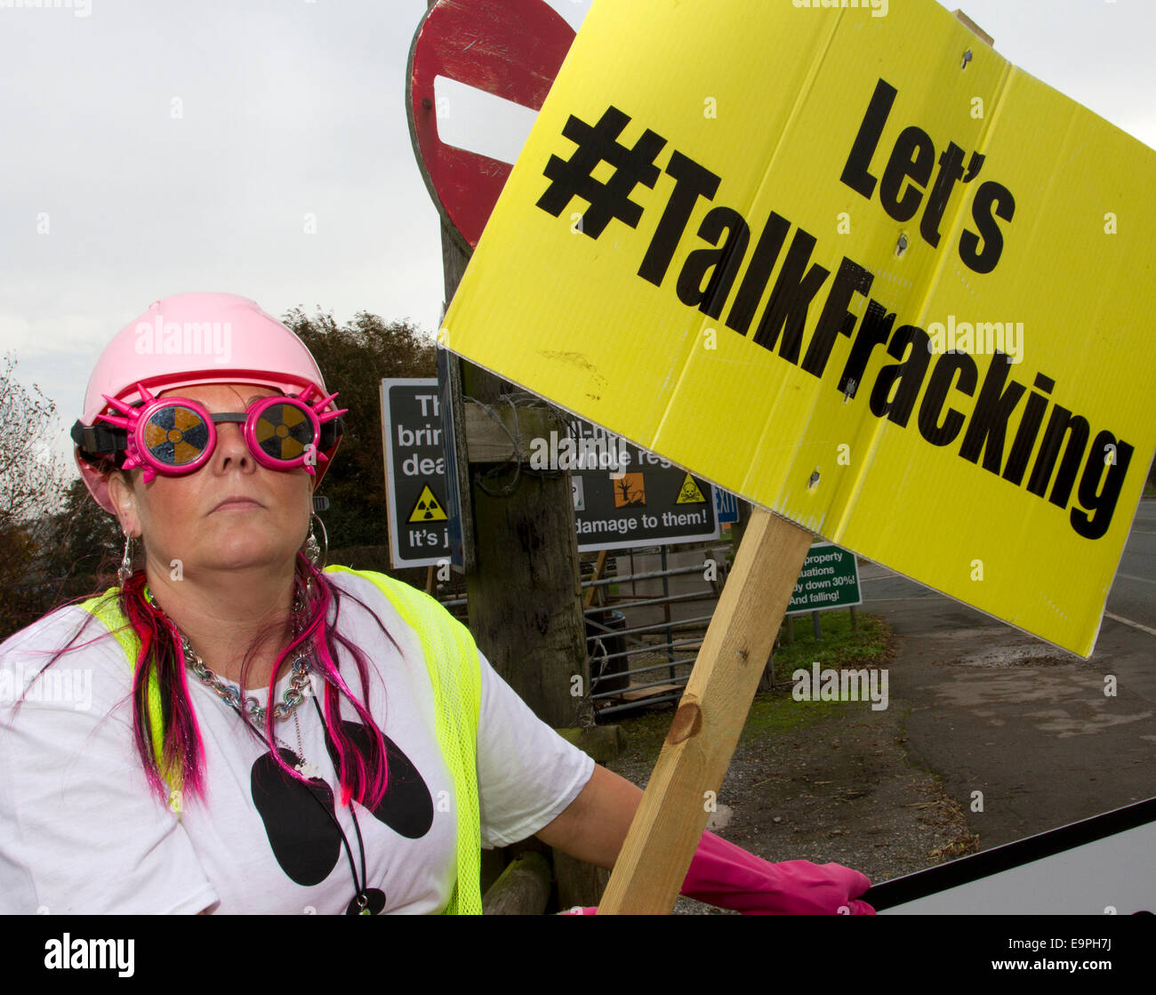 Westby Nr Blackpool, Lancashire 31st October, 2014. Frack Free Lancashire_Nana Rave a Local Residents opposed to - Stock Image