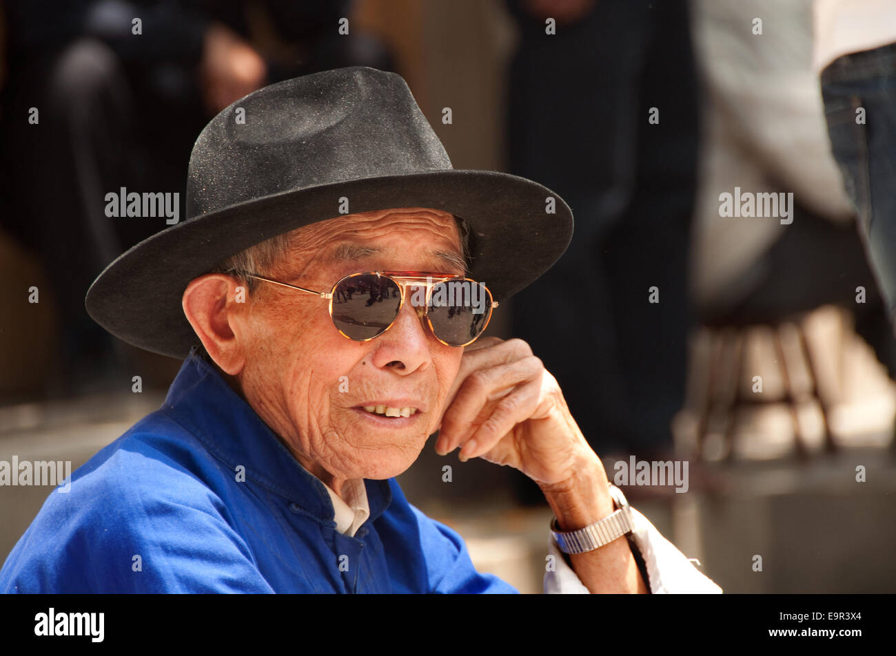 0c7c7c851b7e4 Old Chinese Man Stock Photos   Old Chinese Man Stock Images - Alamy