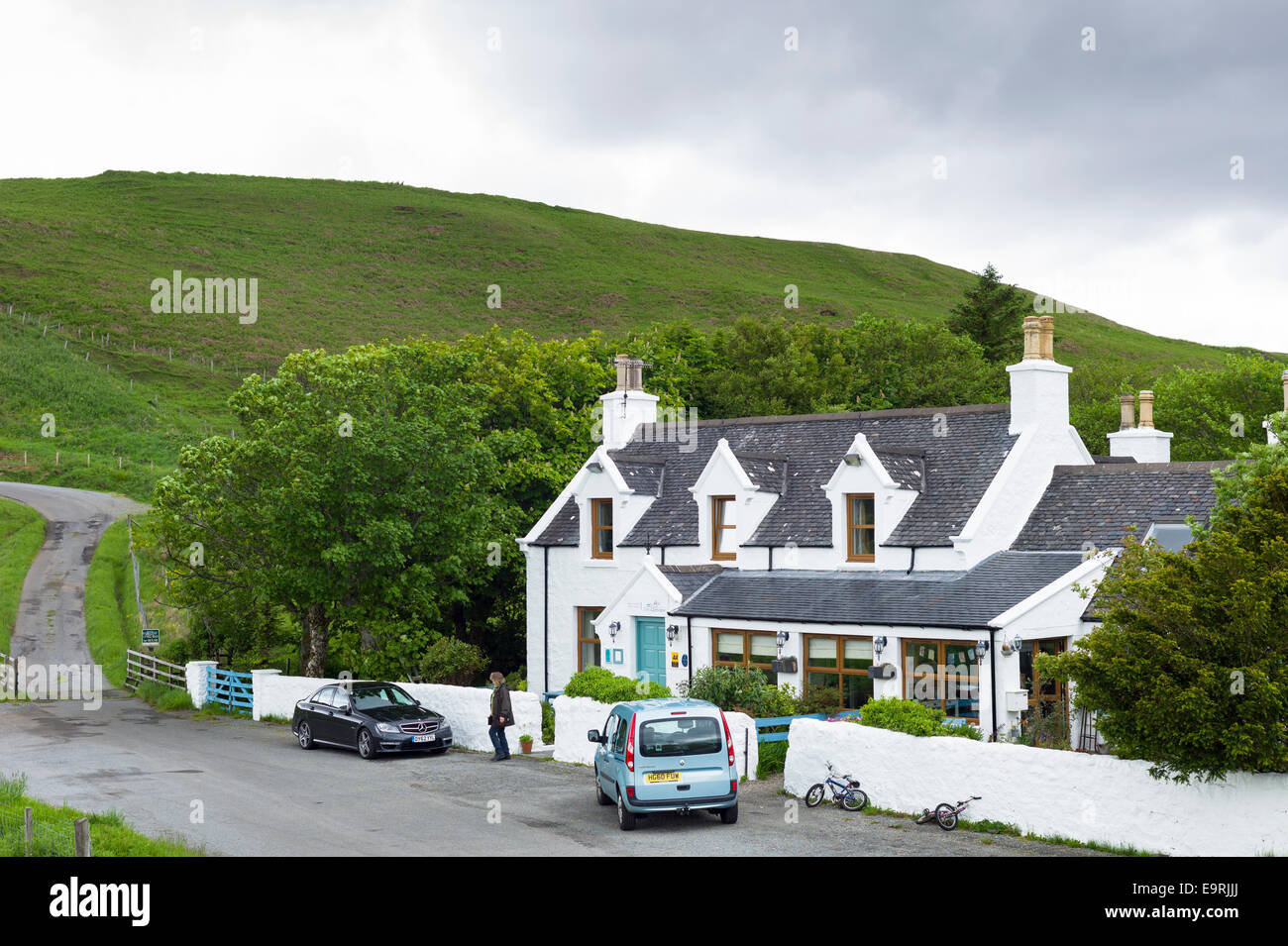 Tourist at traditional Scottish Glenview Hotel at Cul Nan Cnoc on Isle of Skye, the Western Isles of SCOTLAND, UK - Stock Image