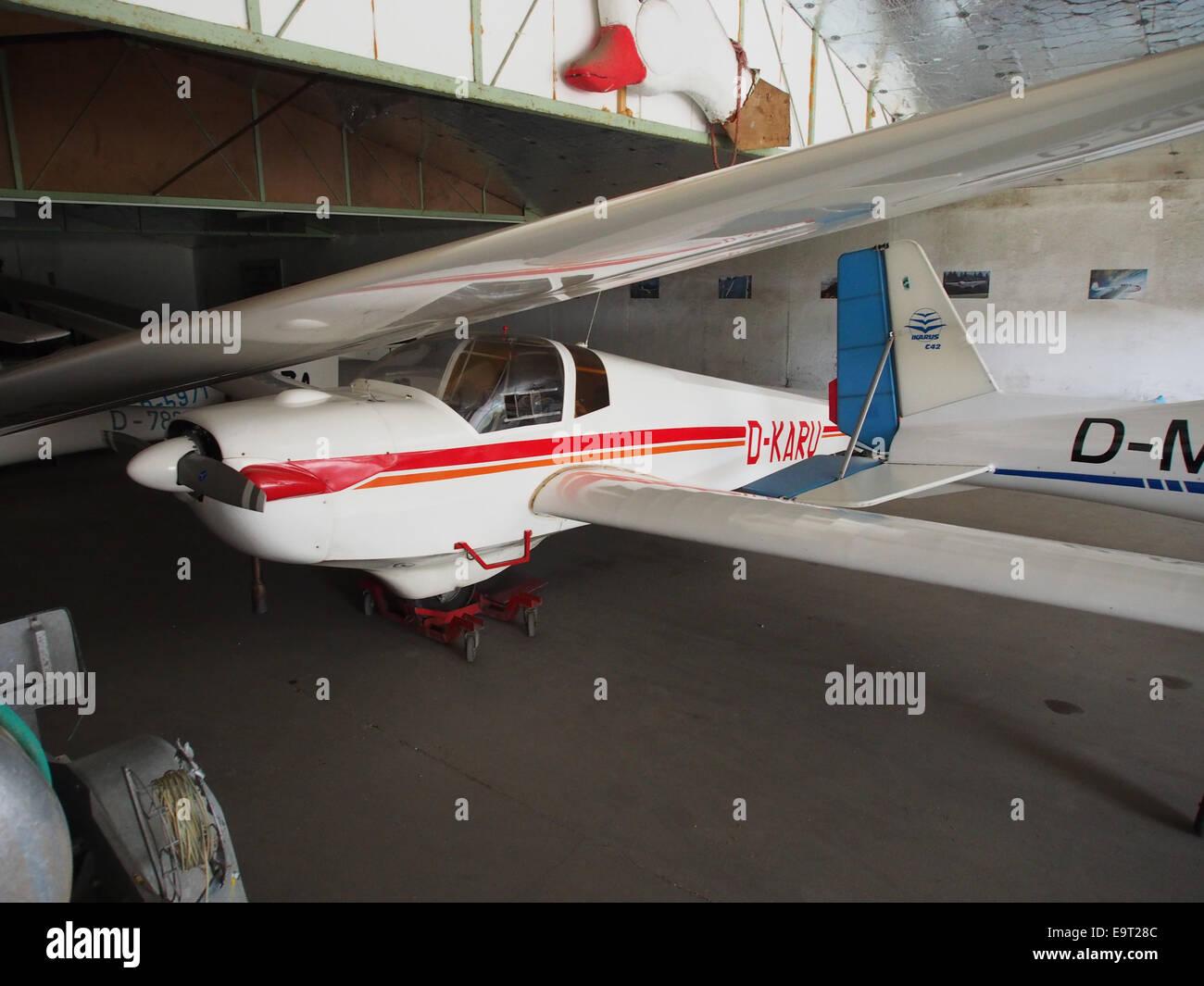 D-KARU, SCHEIBE SF-25D FALKE in a hanger at Flugplatz Daun-Senheld - Stock Image