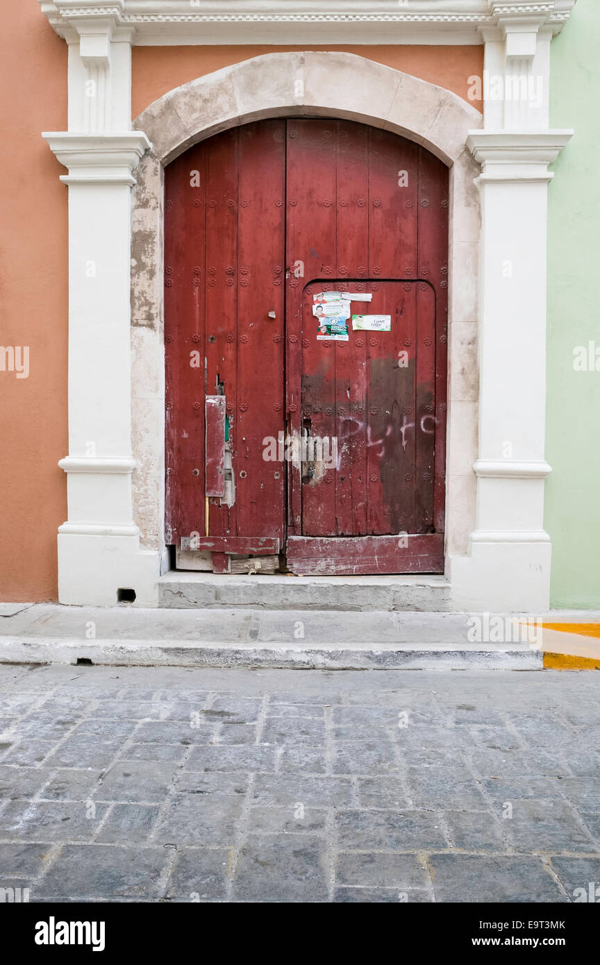 Arched Red Door Stock Photos Amp Arched Red Door Stock
